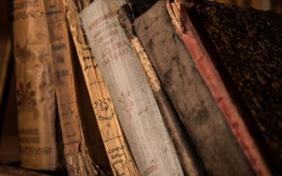 Pourquoi les livres anciens sentent-ils si bons ? par Emma Hollen